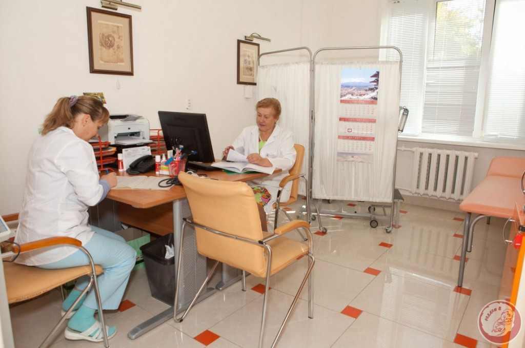 v-kabinete-ginekologa-foto